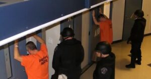 [VIDEO] Take Their Advice: Inmates Describe How They Target And Break Into Homes