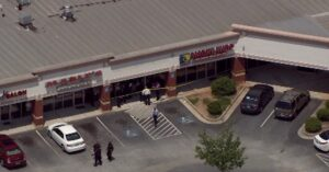 Quick Thinking Store Employee Shoots And Kills Robber After Having Shotgun To His Own Head