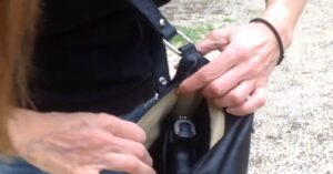BEGINNERS: Purse Carry Tips For Women