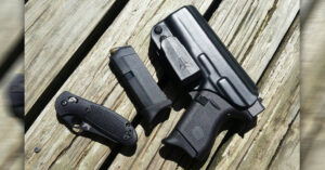 #DIGTHERIG – Brittany and her Glock 42