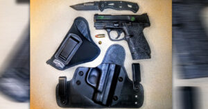 #DIGTHERIG – Noah and his S&W M&P Shield 9mm in an Alien Gear Holster