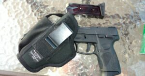 #DIGTHERIG – Michael and his Taurus PT111 Millennium in a Blackhawk Holster
