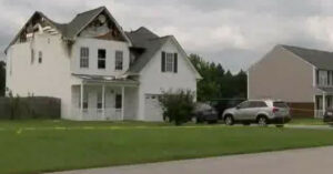 Boyfriend Murdered, House On Fire, Estranged Husband At The Center Of It All… Woman Defends Herself