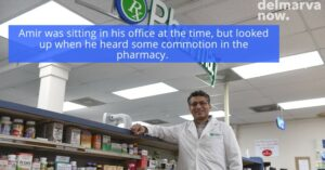 Pharmacist's Revolver VS Robbers With Rifle: Robbers Lose Quickly