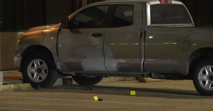 Thief Gets into Shootout with Father and Son While Attempting to Steal Auto Parts
