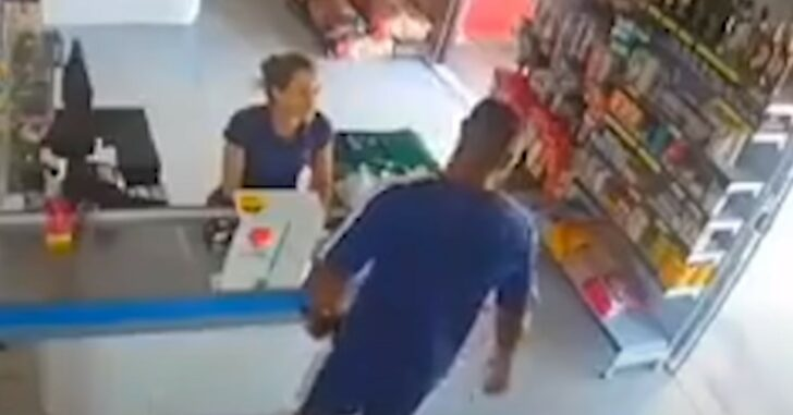 WATCH: Man Has Incredibly Fast Draw Against Bad Guy Who Comes Out Of Nowhere
