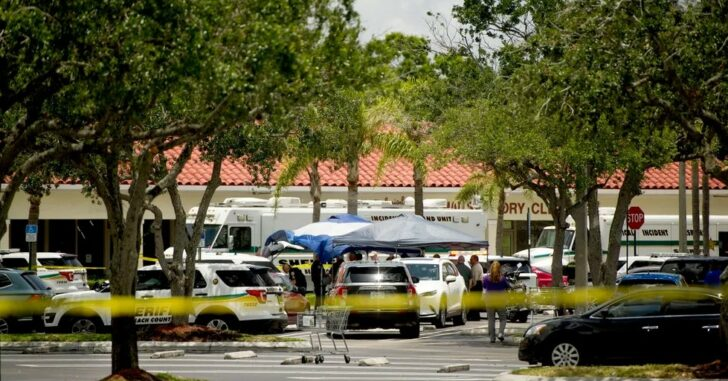 Deadly Shooting At FL Publix: Suspect Said He Wanted To Kill Children, Attack Was Random, Gun Jammed, 911 Calls Released